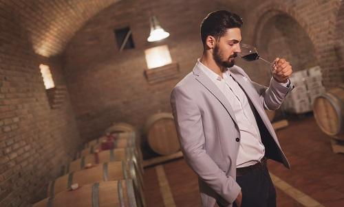 L'intérêt de la location de cave à vin pour particulier à Paris